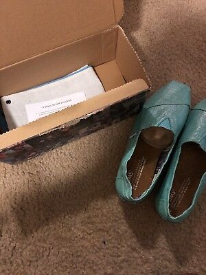 toms classic Turquoise Metallic shoes Size 6