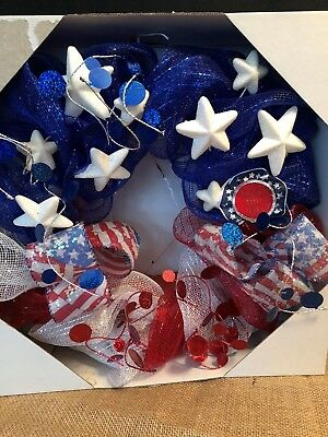 Americana 4th of July Wreath RED-WHITE - BLUE  New in Box
