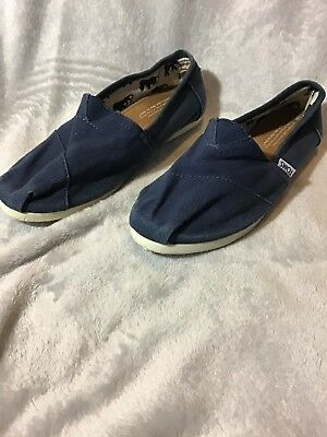 Toms Womens Slip On Flats Size 8-5 Navy Classic Solid Canvas Shoes