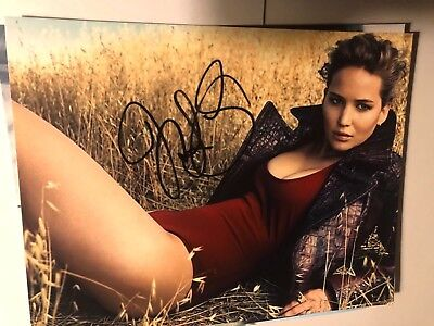 jennifer lawrence SIGNED 8 x 10 photo AUTOGRAPH PICTURE AUTO sexy hot j law