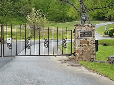 1-3 Acres within the Smoky Mountain Country Club Community in Whittier NC