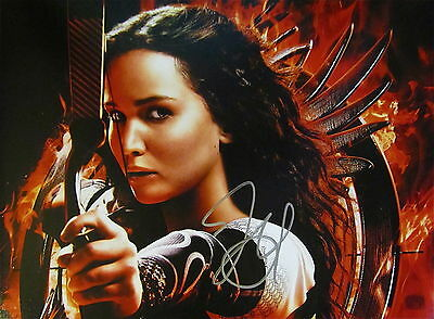 JENNIFER LAWRENCE SIGNED AUTOGRAPHED 11X14 PHOTO COA HUNGER GAMES CATCHING FIRE