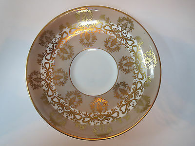ROYAL GRAFTON FINE BONE CHINA - MADE IN ENGLAND - SAUCER ONLY    E