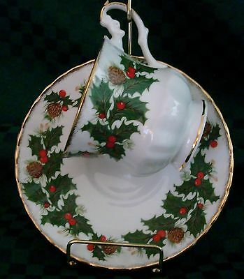 TEA CUP AND SAUCER QUEENS ROSINA YULETIDE HOLLY