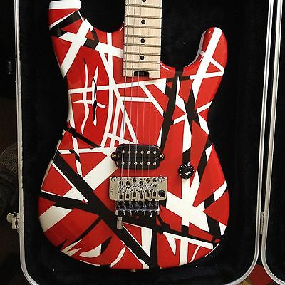 FENDER EVH Striped Series Electric Guitar - Hardcase Red White Black