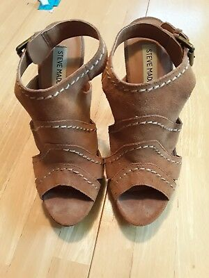 Steve Madden brown suede Size 7-5M Open Toe sandals