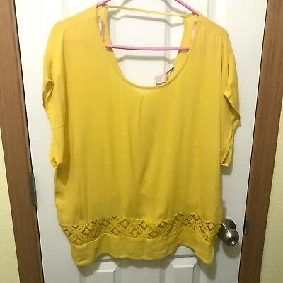 NWT Forever 21 Womens Top Sz M Mustard YellowTiered Front Design