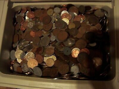 Vintage World Foreign Coins Lots of 5 Pounds