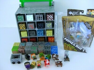 Minecraft Carrying Case W Lot Of 45 Mini Figures - Blocks Stop Motion