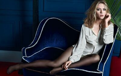 A Scarlett Johansson Cover Photo Sitting Blue Couch 8x10 Picture Celebrity Print