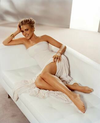 A Scarlett Johansson Beautiful Actress Reclining On The Sofa 8x10 Picture Celebr