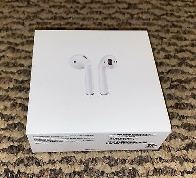 AirPods 2nd Generation white with Wired Charging Case