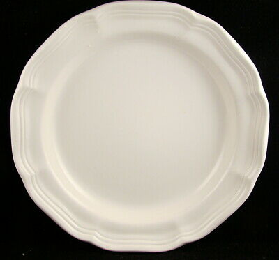 Mikasa FRENCH COUNTRYSIDE F9000 Dinner Plates