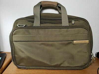 Briggs - Riley Olive 17 Baseline Expandable overnight Luggage Duffel Bag