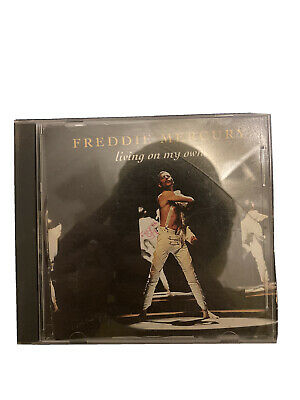 "Freddie Mercury ""Living on my own"" - 2 titres"