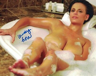 Wendy Fiore Autograph Signed Photo 8x10 46 Busty Glamour Model Chicago