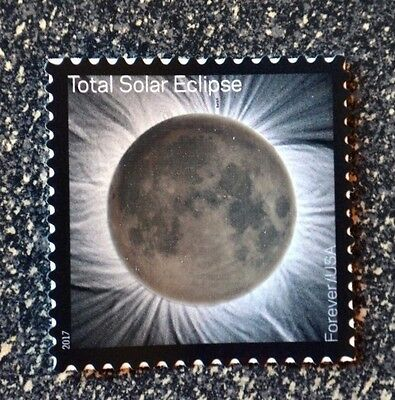 2017USA 5211 Forever - Total Eclipse of the Sun - Single Postage Stamp - Mint