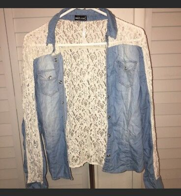 Womens Wet Seal Long Sleeve Button Down ShirtCHECK OUT MY OTHER AUCTIONS-