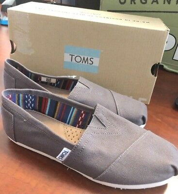 NEW TOMS Womens Classic Solid Ash Gray Canvas Slip On Flats Shoes NIB Size 6-5