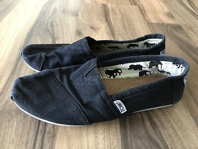 TOMS Classic Black Women Slip On Shoes Size 7-5