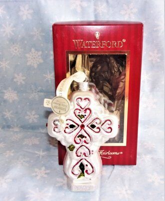 WATERFORD HOLIDAY HEIRLOOMS VICTORIAN CROSS GLASS ORNAMENT