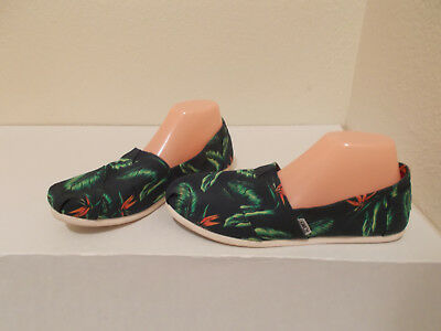 TOMS NAVY BLUE PRINT CANVAS SLIP ON SHOES LOAFERS WOMENS SIZE 9-5