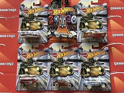 2019 Hot Wheels Christmas and New Years Assortment 6 Car Set Holidays