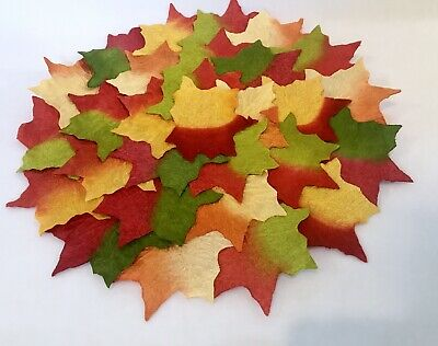 Thanksgiving Fall Autumn Leaves  CENTERPIECE  Table Mat  15