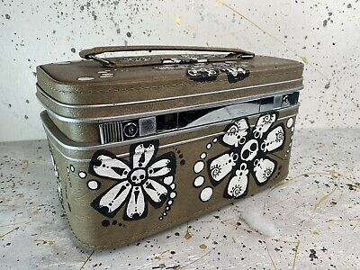 Vintage Green Travel Train Cosmetic Makeup Case Painted Skull Flower Luggage