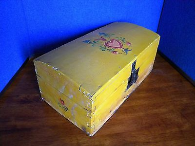 Antique Primitive Folk Art Painted Hand Crafted Small Domed Chest Wood Box Lock