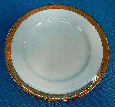 W-S- George China 6-25 Plate With 22 Karat Gold Trim In Very Good Condition