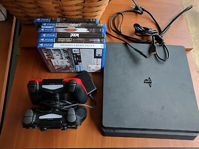 Sony PlayStation 4 Launch Edition 500GB Jet Black Console package