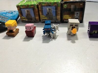 Lot  8x MINECRAFT Mini figure Toy  - 1 Hatsune Miku Figure