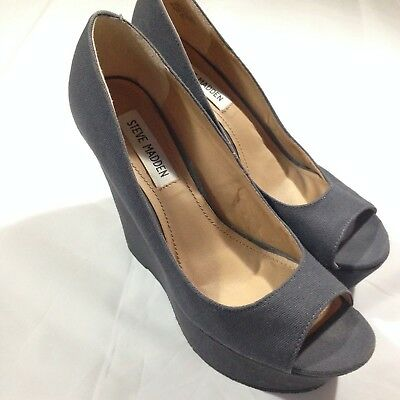Steve Madden Womens Grey Peep-toe Wedge 8-5