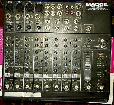 Mackie 1202VLZ Pro 12 Channels Mixer with power cord
