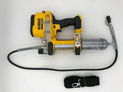 Dewalt DCGG571B Cordless 20 volt Grease Gun New with case