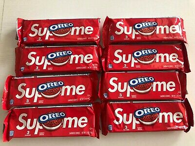 Supreme Oreo Cookies 3 cookies in pack IN HAND