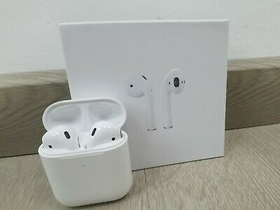 Refurbished Apple 2nd Generation Airpods with Wireless Charging Case