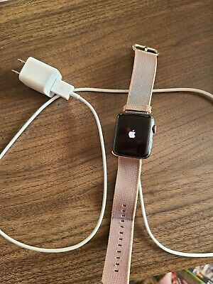 Apple WatchSeries 342mmAluminum CaseGPSwith Charger