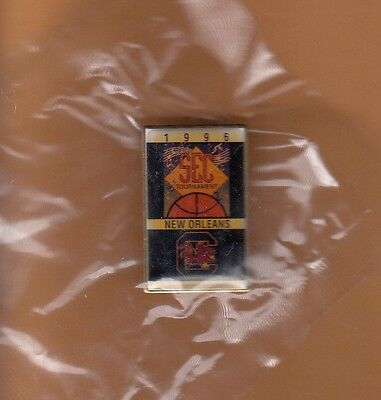 SOUTH CAROLINA GAMECOCKS SEC BASKETBALL TOURNAMENT PIN  UNSOLD STOCK