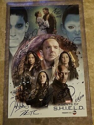 WONDERCON 2018 EXCLUSIVE AGENTS OF SHIELD CAST SIGNED POSTER Aos S-H-I-E-L-D