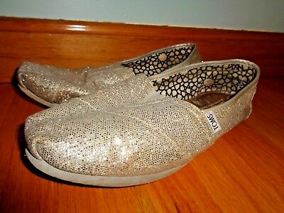 Womens Silver Sequin Toms Shoes In Size 10 Slip On Loafers