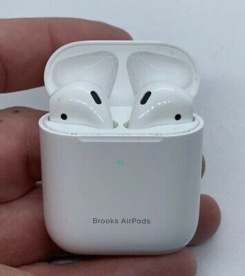 EUC APPLE AIRPODS 2nd GENERATION A2032 EAR BUDS W CHARGING CASE