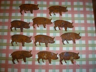 Lot of 11 Rusty Primitive Metal Pigs 2-5 x 1-5