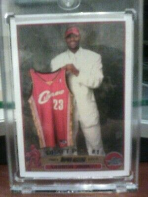 LeBron James Rookie Card - Topps 221