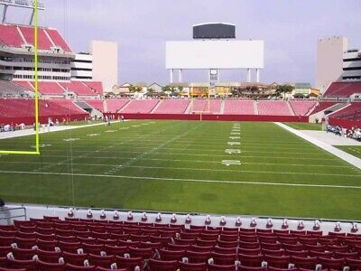 Tampa Bay Buccaneers vs Kansas City Chiefs 11/29, 2 tickets Section 124 Row 6!!!