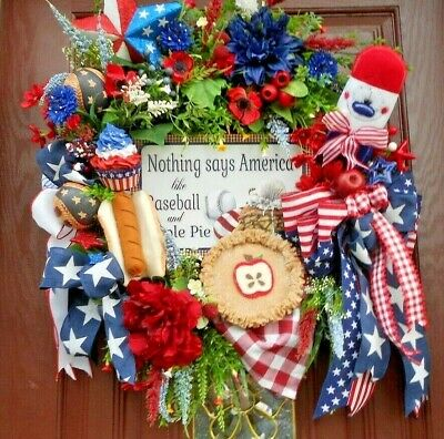 BASEBALL AND APPLE PIE FOURTH OF JULY WREATH