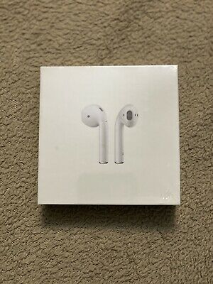 Apple AirPods with Wireless Charging Case 2nd Generation - White