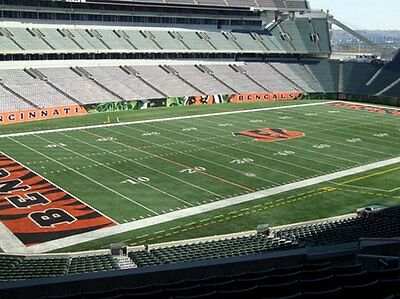 3 Tickets- CLEVELAND BROWNS  CINCINNATI BENGALS - 11262017 - SEC 217 ROW 4
