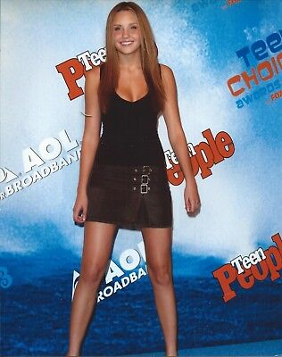 Amanda Bynes  8x10 Color Glossy Photo Long Legs Cleavage Short Skirt FREE SHIP